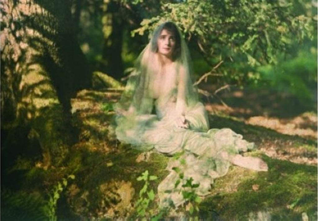 Louis J. Steele. Nu bucolique 1908. Autochrome. Via artnet