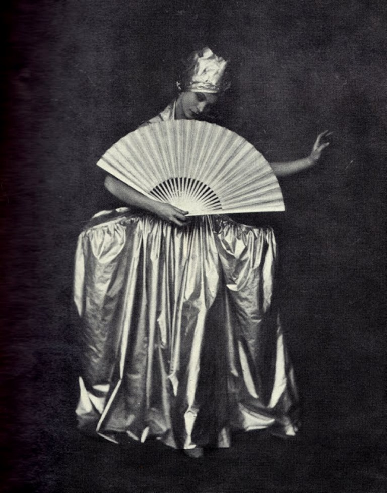 Soichi Sunami.  HelenTamiris 1927. Via nddaily