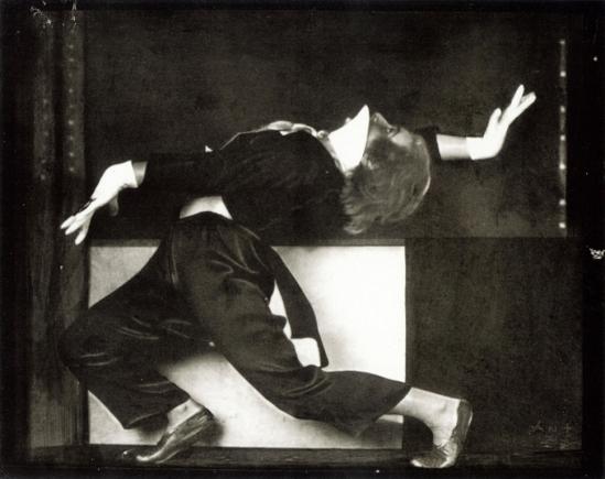 Anton Josef Trcka. Hilde Holger 1926. Via wiki