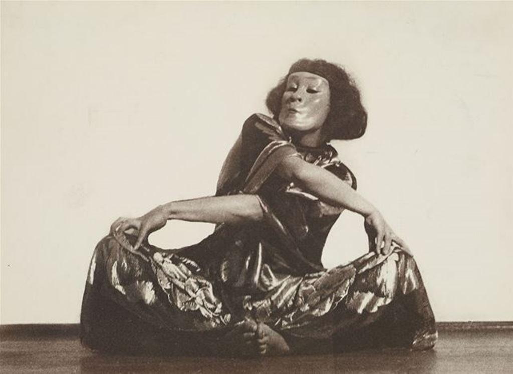 Charlotte Rudolph. Mary Wigman. Hexentanz (danse de la sorcière) 1926. Via arnet