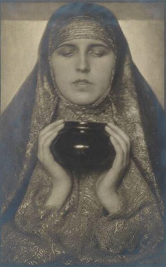 Rudolf Koppitz. Hedy Pfundmayr 1928. Via artnet