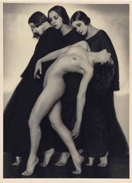 Rudolf Koppitz1. Etude de mouvement 1925. Via artnet