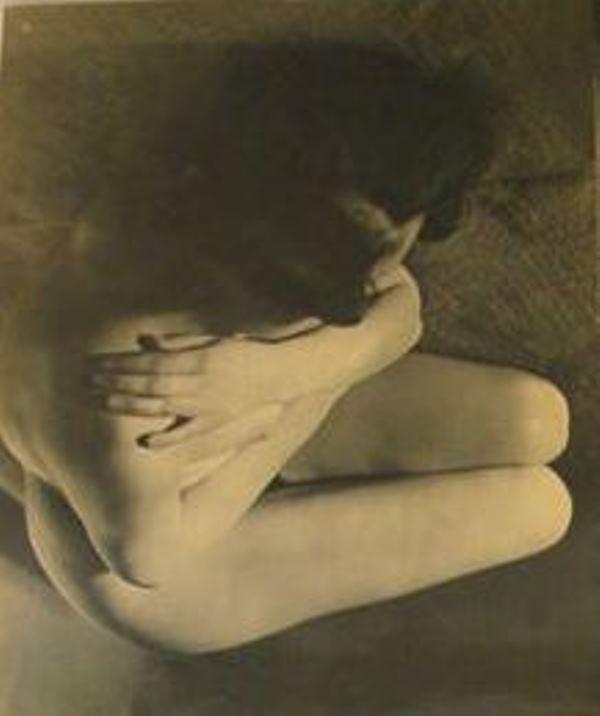 Sasha Stone. Collection d'études photographiques du corps humain. Femmes  1933. Via catawiki