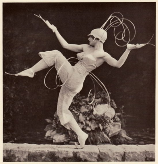 fred-daniels-margaret-morriss-dancer-costume-designed-by-lois-hutton-to-music-by-ravel-via-a-t-om-com