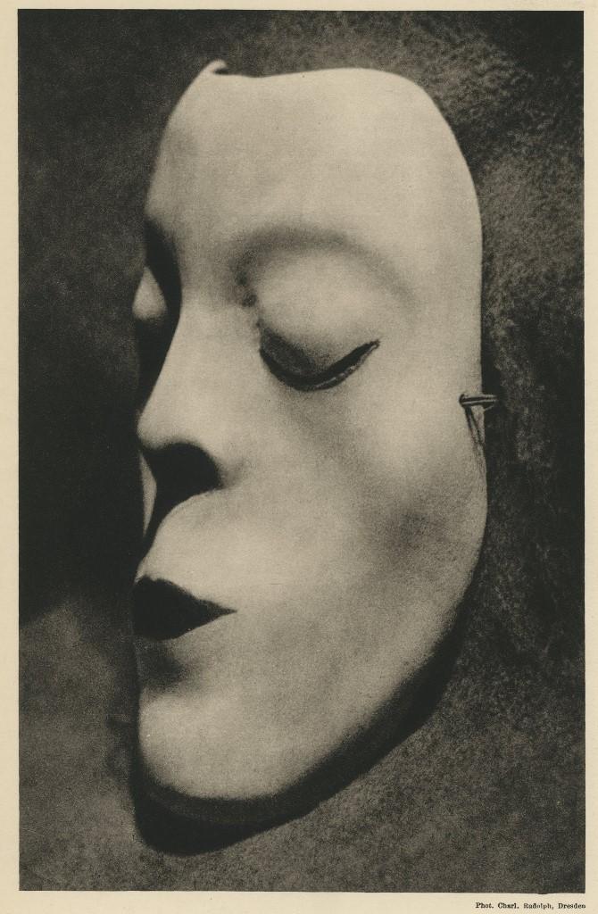 charlotte-rudolph-masque-de-danse-de-mary-wigman-1926
