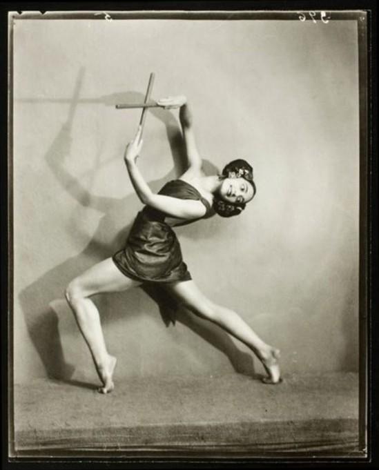 nickolas-muray3-rose-rolando-1921-via-eastmanmuseum