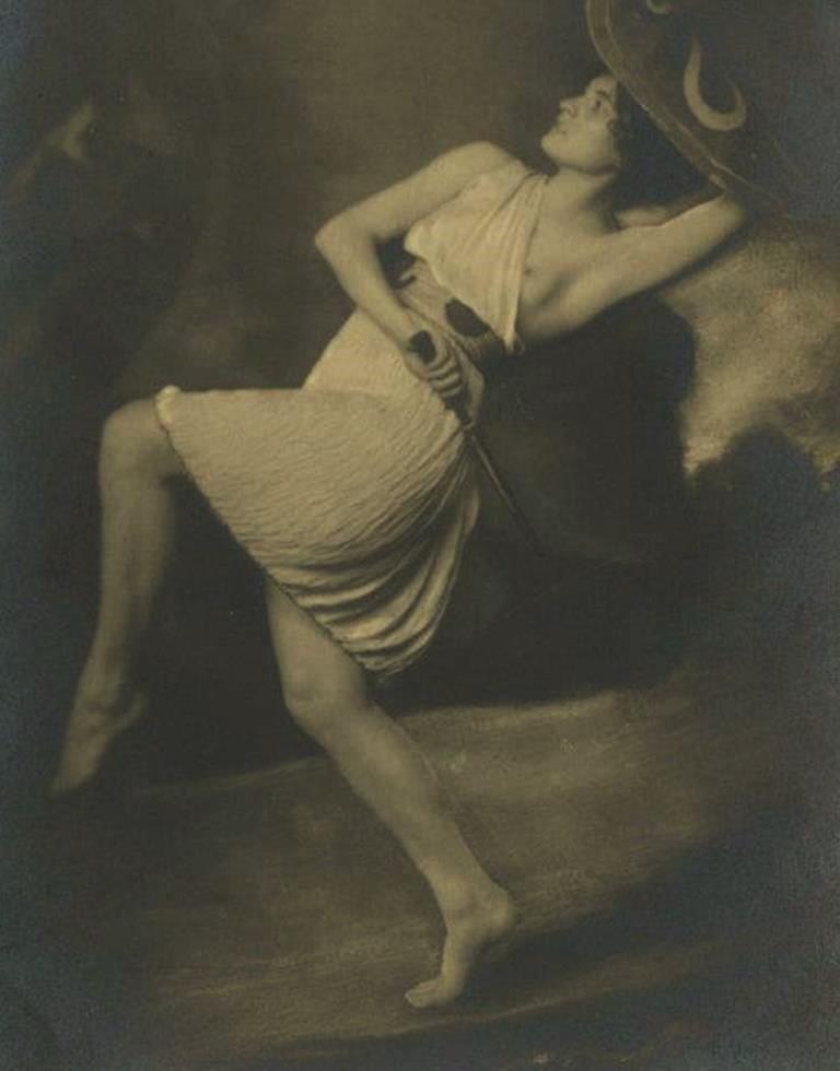 photographe-non-identifie-ecole-de-danse-de-valeria-dienes-1879-1978-hongrie-tancmuzeum-85