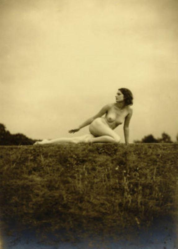 bertram-park-et-yvonne-gregory2-nu-vers-1930-via-ebay