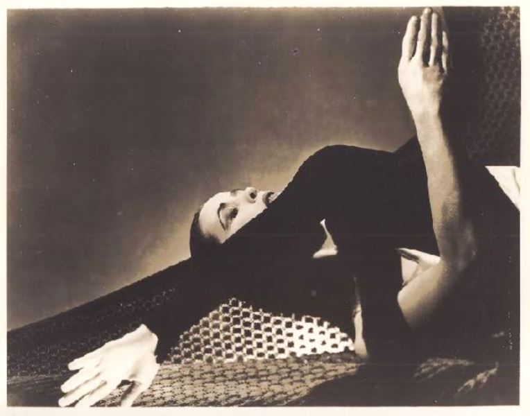 martha-graham-in-spectre-1914-from-chronicle-1936-martha-graham-center