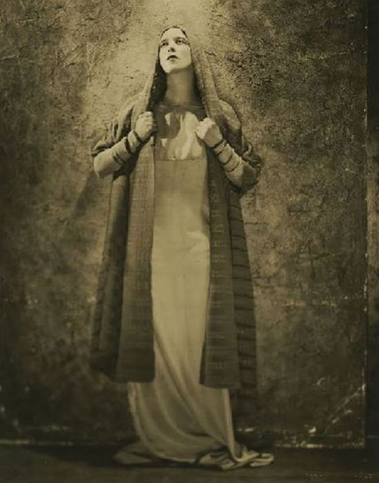 nickolas-muray-martha-graham-in-baal-shem-1926martha-graham-center