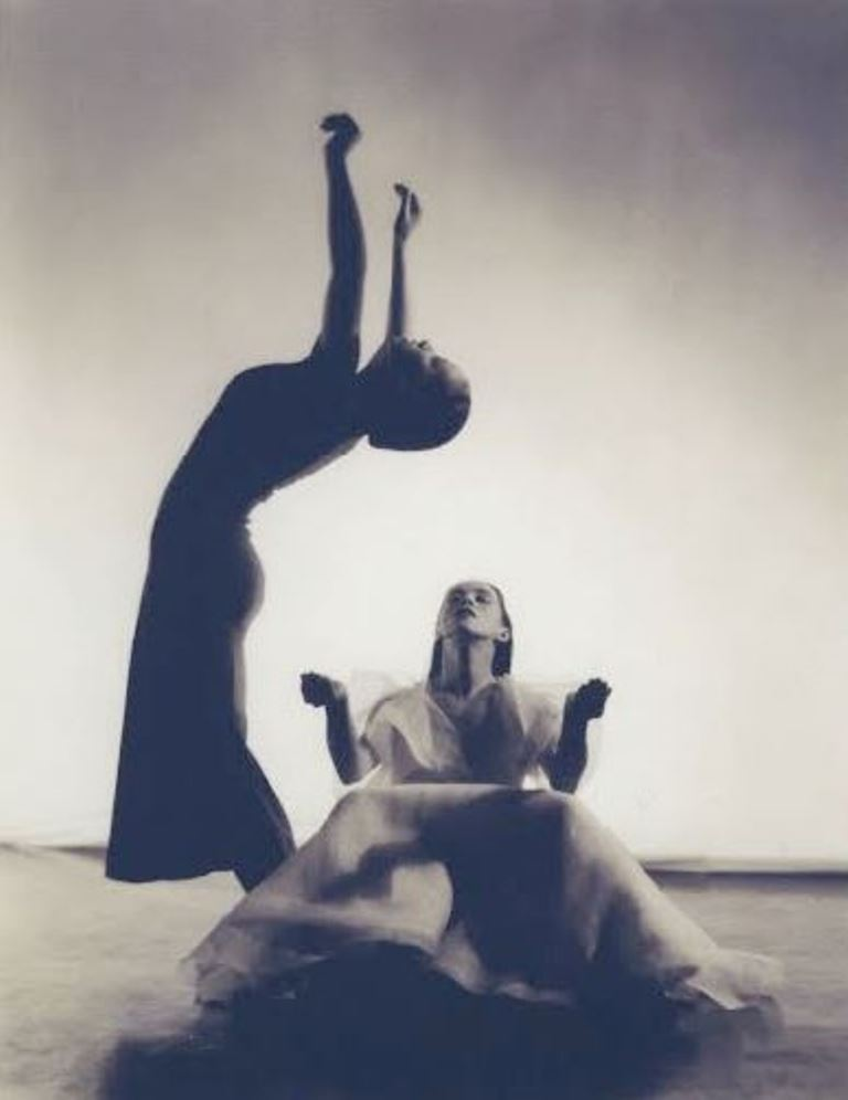 paul-hanson-martha-graham-and-dorothy-bird-in-primitive-mysteries-1931-martha-graham-center