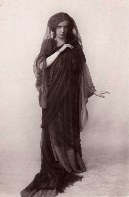 the-dancer-maud-allan-in-chopins-funeral-march-via-delcampe