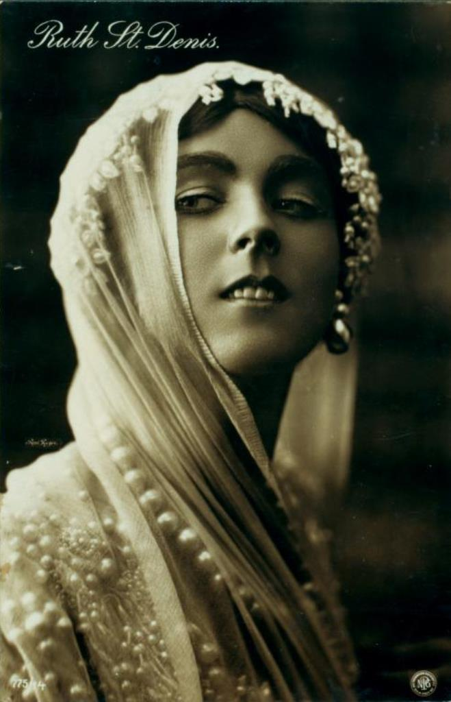 the-dancer-ruth-st-denis-1906-1908-via-nypl