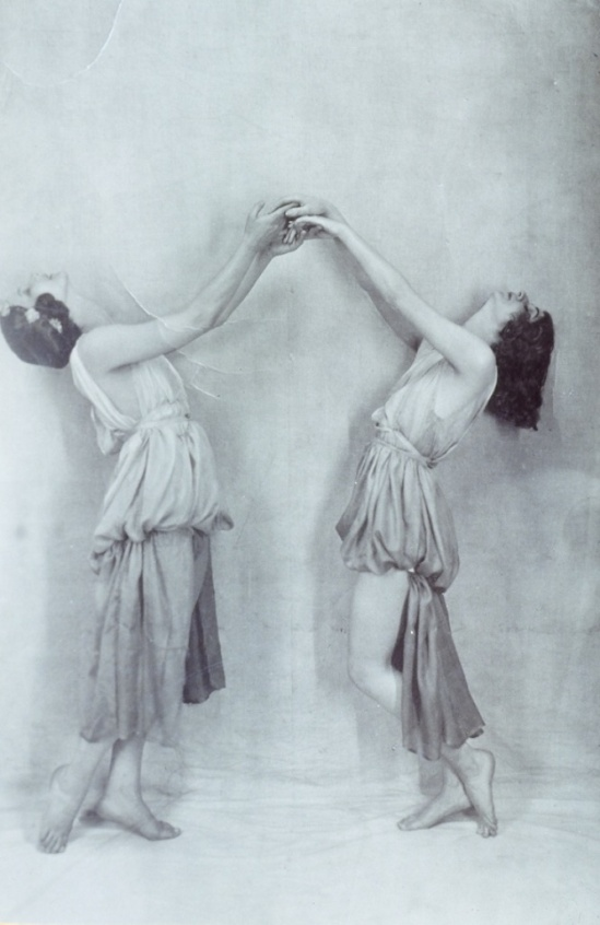 Anna and Lisa Duncan