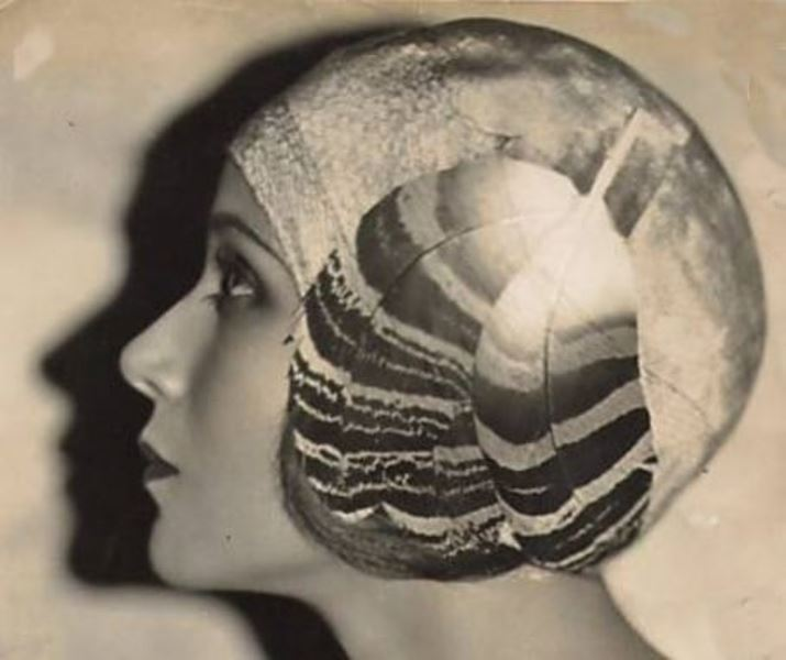 Irving Chidnoff. Portrait of the actress Dolores del Rio 1929. Via fanpix