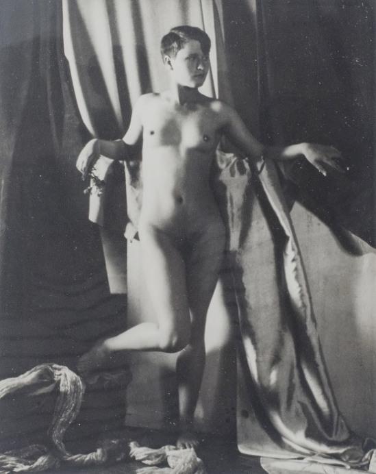 Jindrich Vanek. Nude study. Via designrobot