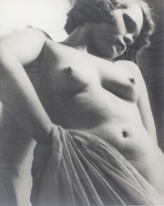 Jindrich Vanek1. Nude study. Via designrobot
