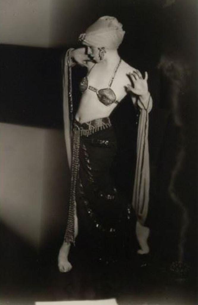 Orval Hixon. Janette Hackett 1920. Via historicalzg