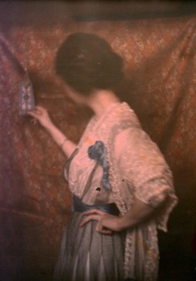 Paul Burty Haviland. Portrait 1908. Autochrome. Via europeanautochrome