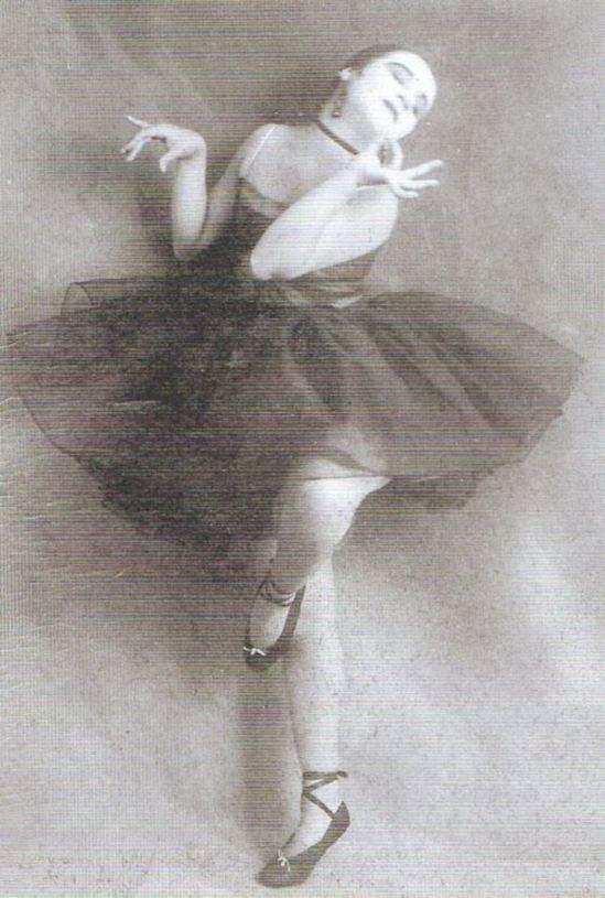Photographe inconnu. Valeska Gert 1919. Via pinterest