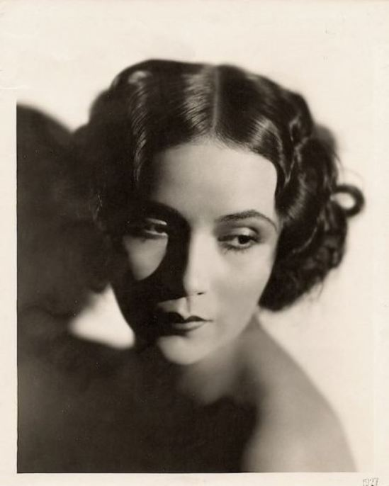 Portrait of the actress Dolores del Rio2. Via fanpix