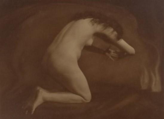 Studio Merkelbach1. Mies Rosenboom-Merkelbach 1913. Via redeenportret