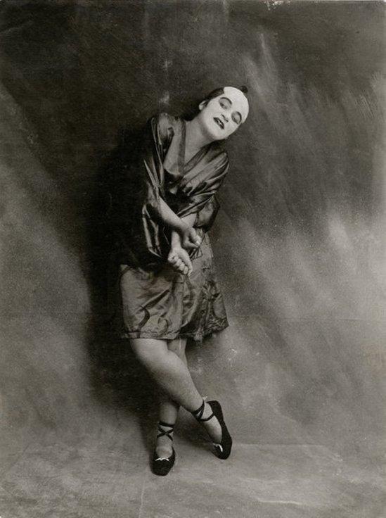 Valeska Gert. Japanische Groteske 1917. Via sisterwolf