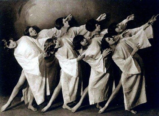 Weitzmann. Tanzgruppe Olga Suschitzky 1927 (Ruth Suschitzky, Rudolf Lämmel). Der Moderne Tanz, Oestergaard, Berlin o. J. Via tanzat