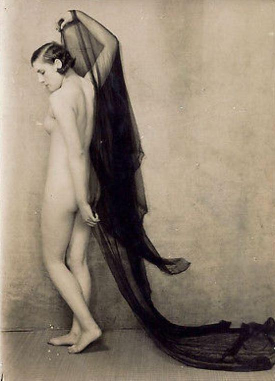 Bernard Leedham. Nude study 1920. Via ebay