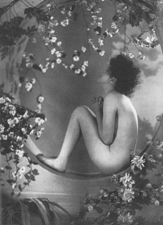 Alfred Cheney Johnston (may be). Bessie Barriscale. Via historicalzg