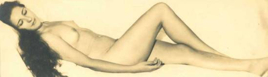 Laure Albin-Guillot. Étude de nu allongé vers 1930-1940 - Copie