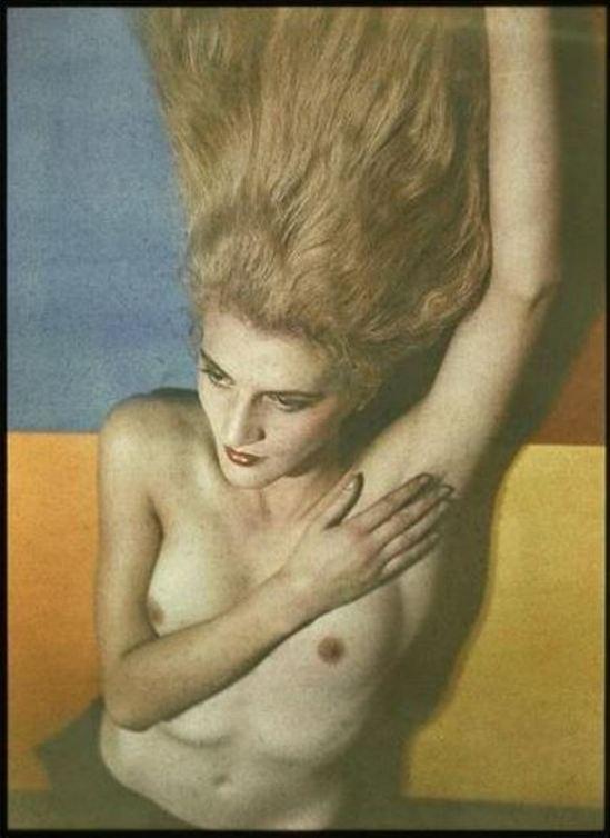 Man Ray. Jacqueline Goddard vers 1934. Autochrome ®Man Ray trust